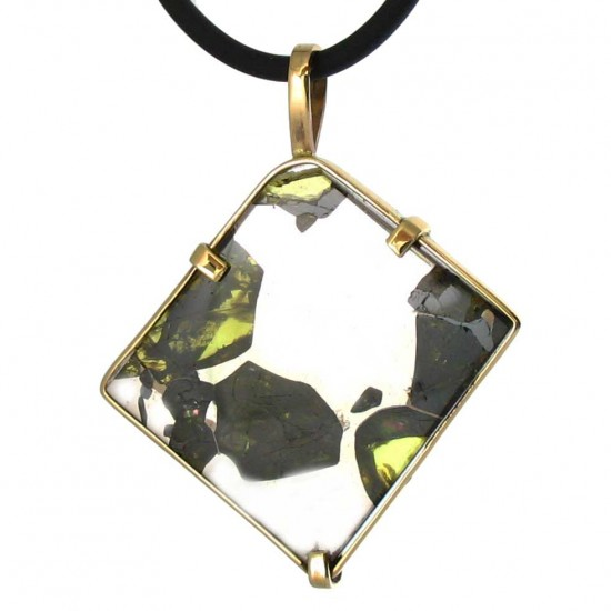 Exceptional Olivine Crystals in an Esquel Pallasite