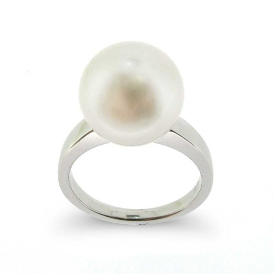 Superb White South Sea Pearl Ring
