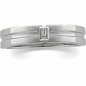 14kt White Gold Baguette Band