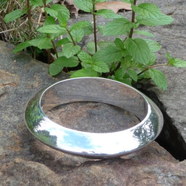 Silver  Bangle by Qoya of Peru